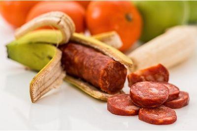 VERO O FALSO?  miti alimentari e proverbi fantasiosi